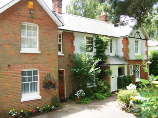 Moorsvale Lodge B&B West Moors Ferndown Dorset